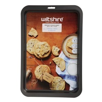WILTSHIRE NON STICK MEDIUM COOKIE SHEET 39cm x 26cm